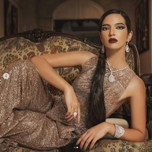 Gaya Nia Ramadhani Pakai Outfit Senilai Rp 3 Miliar, The Real Nyonya Sultan
