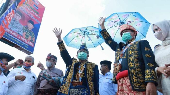 Pasangan Fachrori-Syahril mendaftar sebagai kontestas Pilgub Jambi 2020, Minggu (6/9/2020).