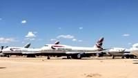 Di Castellon, pesawat Boeing 747 itu akan dipensiunkan dan dipreteli untuk jadi besi bekas. Setelah menempuh perjalanan sejauh 80 juta kilometer selama 25 tahun, akhirnya pesawat itu menemui garis finishnya juga. (Getty Images/Laser1987)