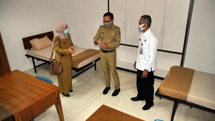 Ratusan tempat tidur disediakan bagi pasien COVID-19 tanpa gejala untuk isolasi mandiri di Kota Bogor. Hal itu dilakukan guna antisipasi merebaknya kasus Corona