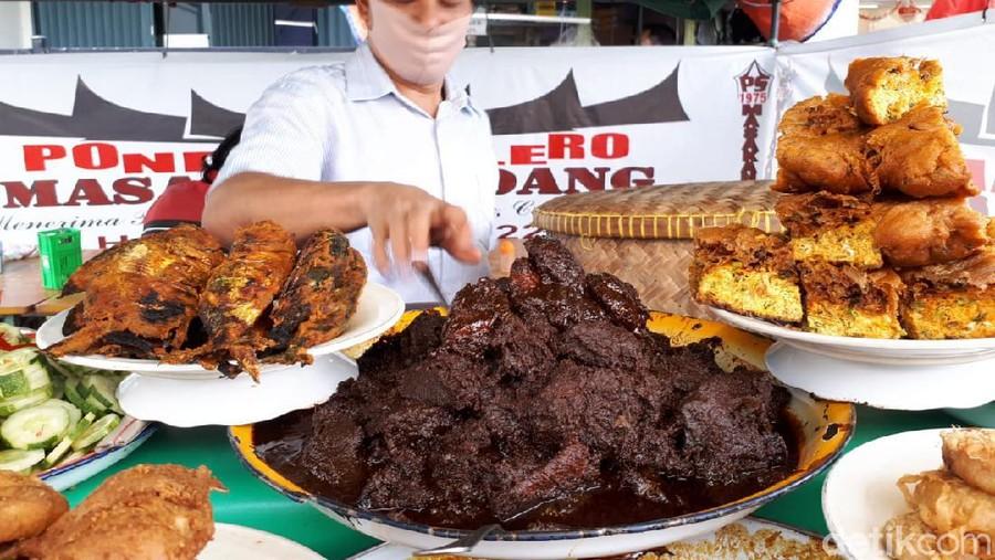 Warung Makan Padang Kaki Lima