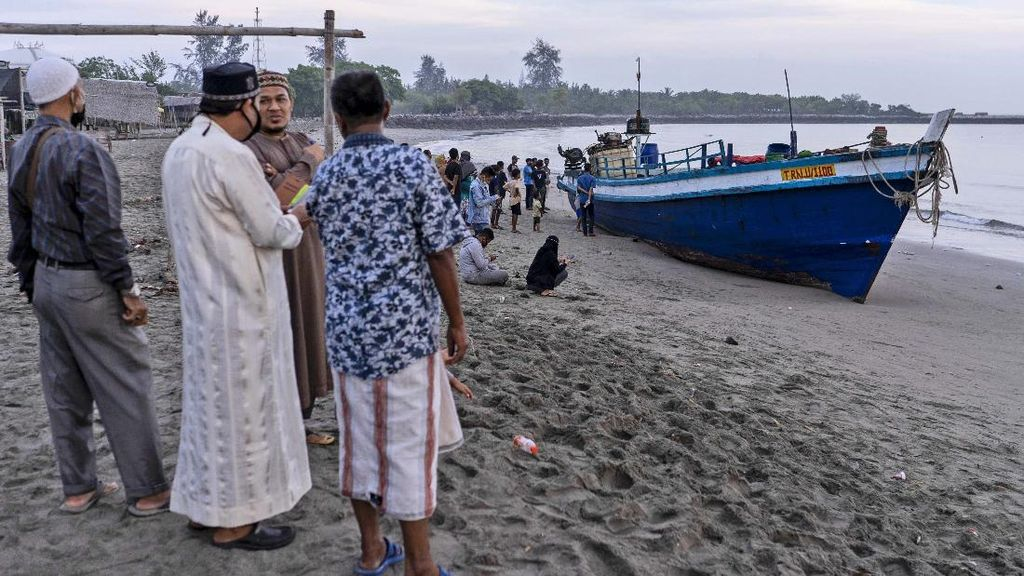 Menlu: Indonesia Terima 400 Pengungsi Rohingya dalam 2 Bulan
