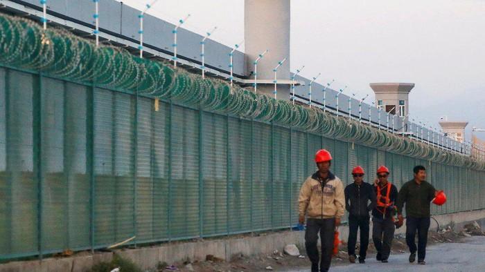Bagaimana China manfaatkan undangan liputan ke Xinjiang untuk mengontrol narasi tentang Muslim Uighur