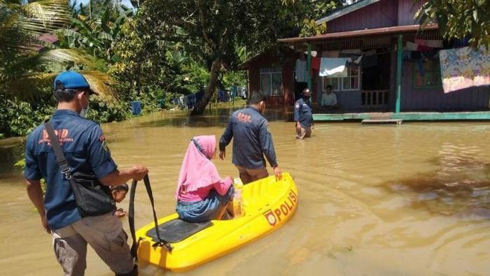 Banjir di Penajam Paser Utara, Kaltim.