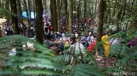 Padatnya pendaki di pos pendakian Gunung Gede via Gunung Putri, Cianjur, Jabar pada Sabtu (5/9/2020). (Femi Diah/detikTravel)