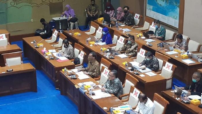 Komisi VII DPR