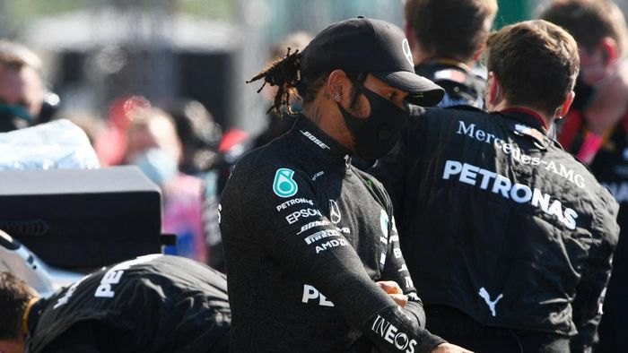 MONZA, ITALY - SEPTEMBER 06: Lewis Hamilton of Great Britain and Mercedes GP looks on during the F1 Grand Prix of Italy at Autodromo di Monza on September 06, 2020 in Monza, Italy. (Photo by Rudy Carezzevoli/Getty Images)