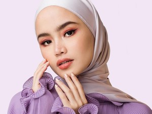 Buat Hijabers, Intip 10 Inspirasi Padu Padan Warna Lilac yang Tren di 2020