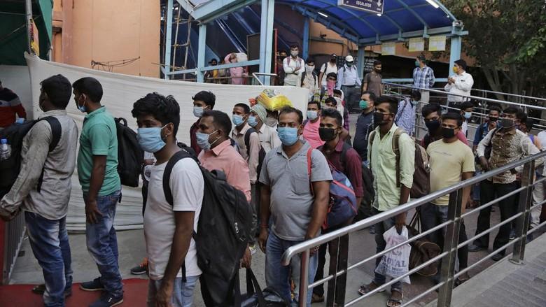 Otoritas India melaporkan lebih dari 1.100 kematian akibat virus Corona (COVID-19) dalam sehari di wilayahnya.