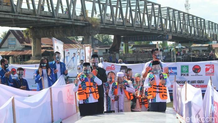 Ibnu Sina dan Arifin Noor mendeklarasikan diri maju ke Pilwalkot Banjarmasin (M Risanta/detikcom)