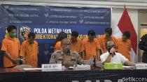 Video 5 Orang Sekeluarga Diringkus Terkait Pencurian Motor di Jakarta