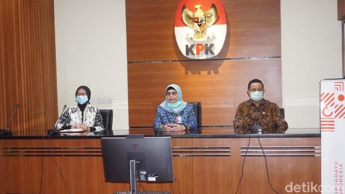 KPK bertemu dengan Menteri Sosial Juliari P Batubara membahas soal bantuan sosial (Ibnu Hariyanto/detikcom)