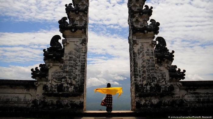 Mampukah Pariwisata Bali Bertahan di Tengah Badai Corona?