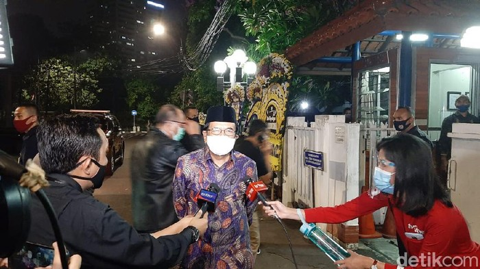 Menteri ATR/BPN Sofyan Djalil melayat mendiang Jakob Oetama