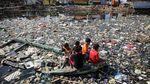 Miris, Kali dan Pantai di Banten hingga Indramayu Tercemar Sampah
