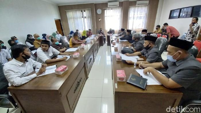 Suasana pertemuan IPNP2 dengan anggota DPRD Kota Tegal, Rabu (9/9/2020),