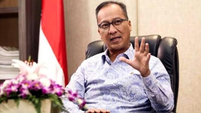 Menteri Perindustrian ,Agus Gumiwang.