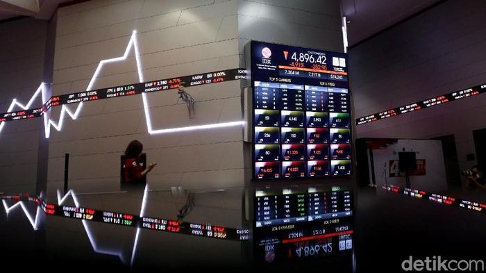 Indeks Harga Saham Gabungan (IHSG) anjlok 5% ke level 4.891. Bursa Efek Indonesia (BEI) menghentikan sementara perdagangan saham siang ini.