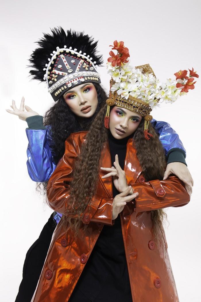 Titi DJ dan Sara Fajira