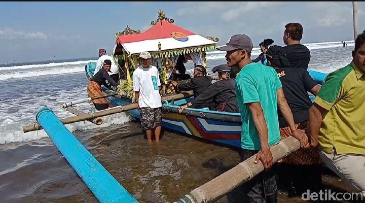Hajat Laut Pangandaran