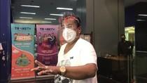 Hotman Pamer Kekayaan: Uang Berceceran di Kamar Mandi!