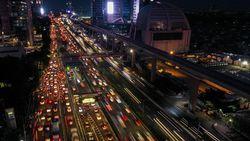 Ada Perbaikan Jalan, Lalin di Tol Kunciran Arah Tangerang Macet 2 KM