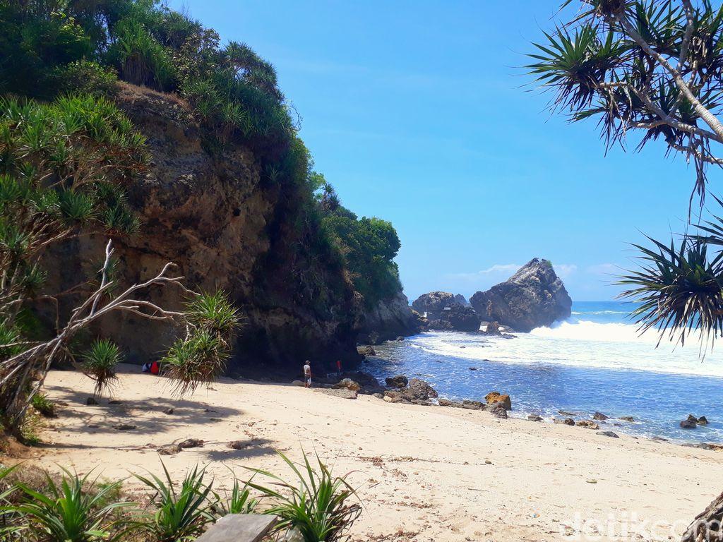 Pantai di Gunungkidul