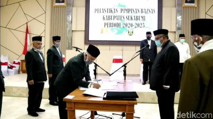 Pelantikan ketua Baznas Sukabumi diwarnai isu politis