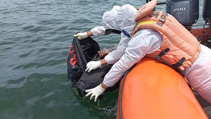Tim SAR Temukan ABK Kapal Batu Bara yang Tenggelam di Perairan Kaltim
