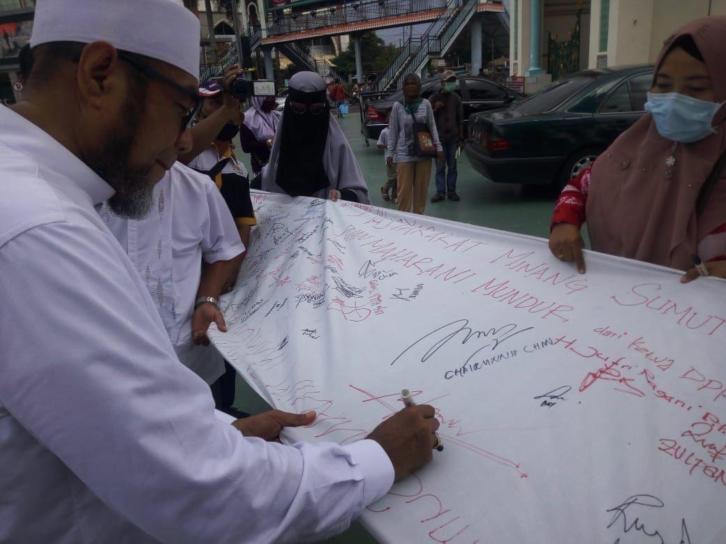 Tokoh Minang di Medan tuntut Puan Maharani minta maaf