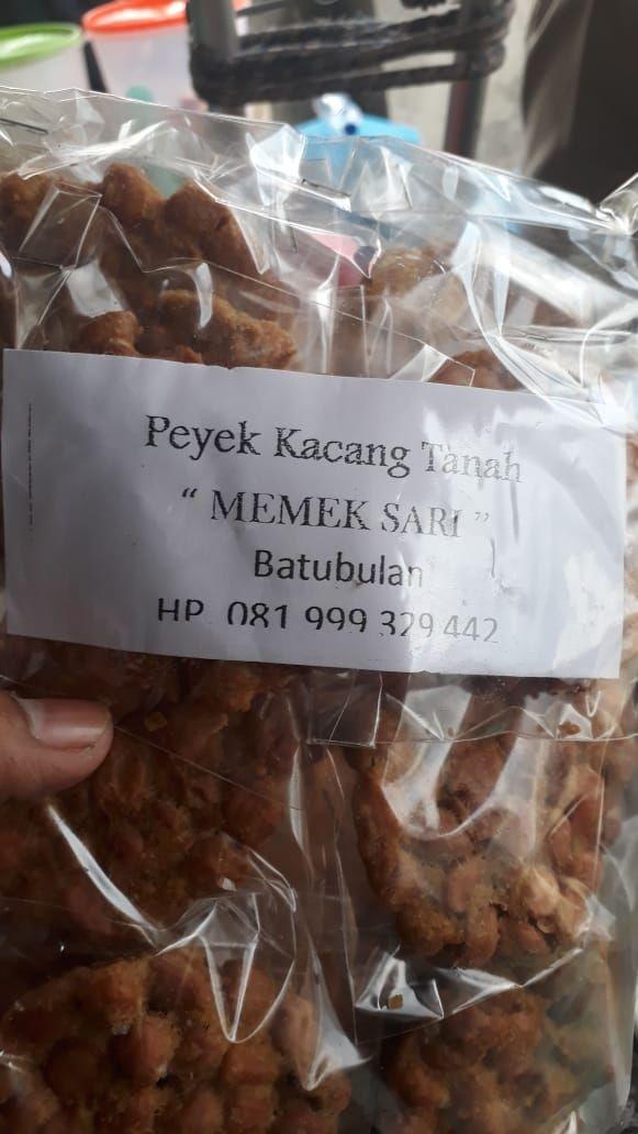 Viral Foto Warung Makan 'Memek' yang Bikin Netizen Heboh