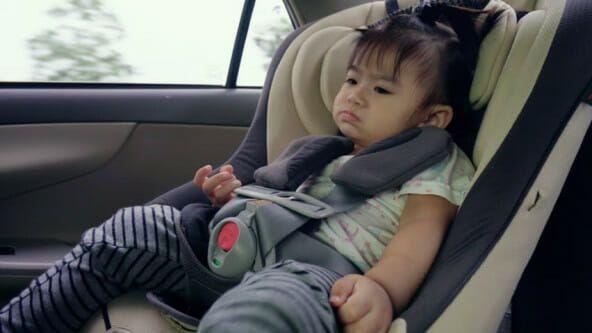 Dua Anak Tewas di Dalam Mobil Saat Ditinggal Sang Ibu Minum-minum