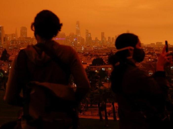 Kebakaran hutan: Mengapa langit California berubah menjadi kemerahan?