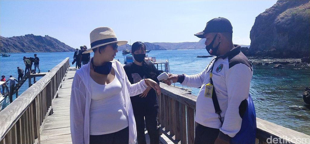 pulau padar ramai turis