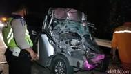 Identitas Korban Tewas Kecelakaan Minibus Vs Truk di Tol Cipularang