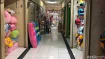 Tempat Baru Pedagang Pasar Gembrong yang Sepi Pembeli