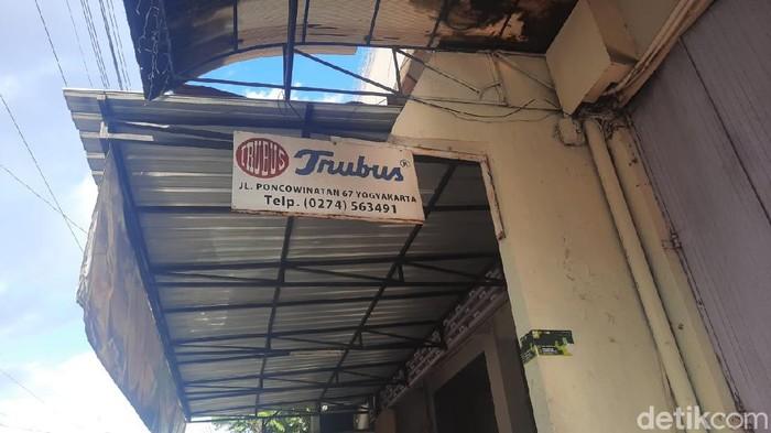Toko Roti Trubus Jogja yang dibakar karyawan, Sabtu (12/9/2020).