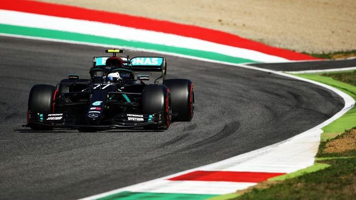 SCARPERIA, ITALY - SEPTEMBER 12: Valtteri Bottas of Finland driving the (77) Mercedes AMG Petronas F1 Team Mercedes W11 during final practice ahead of the F1 Grand Prix of Tuscany at Mugello Circuit on September 12, 2020 in Scarperia, Italy. (Photo by Bryn Lennon/Getty Images)