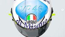 Rossi Balapan Pakai Helm Pil Biru, Ibundanya Sampai Malu