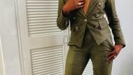 Artis Tiffany Haddish Pamer Penampilan Botak, Ini Alasannya