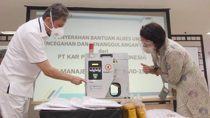 Bantuan untuk percepatan penanganan COVID-19 di Indonesia terus mengalir. Kali ini ventilator untuk penanganan pasien Corona dari swasta pun kembali datang.