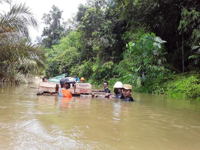1.118 rumah di Kabupaten Kotawaringin Timur (Kotim), Kalimantan Tengah (Kalteng), terendam banjir sejak pekan lalu (dok BNPB)