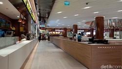 Sedih, 200 Ribu Pegawai Restoran di Mal Kena Pecat