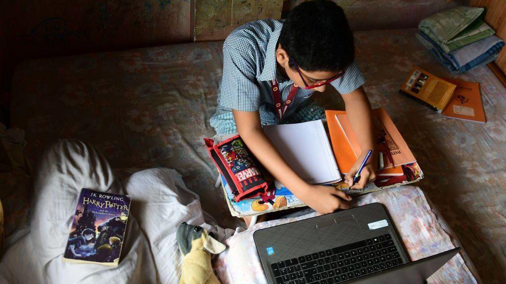 Tak Ada Jaringan Internet, Ratusan Juta Anak Asia Selatan Bisa Putus Sekolah