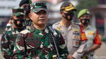 Pangdam Jaya Imbau Massa Bubar Sendiri: Tak Perlu Digiring TNI Lagi