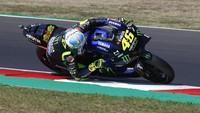 MotoGP Emilia Romagna: Valentino Rossi Crash!