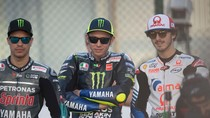 Valentino Rossi Tak Keberatan Diasapi Ular-ular Peliharaan