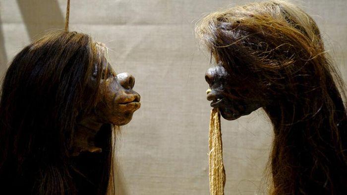 Gelombang aksi Black Lives Matter di berbagai negara dunia membuat sebuah museum di Inggris berhenti pamerkan koleksi shrunken head atau kepala yang disusutkan.
