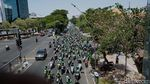 Driver Ojol Rusak Pagar Kantor Grab di Surabaya