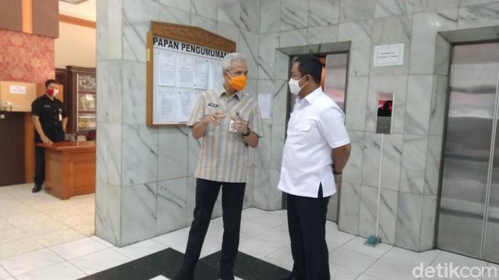 Gubernur Jateng Ganjar Pranowo dan Wali Kota Semarang Hendrar Prihadi